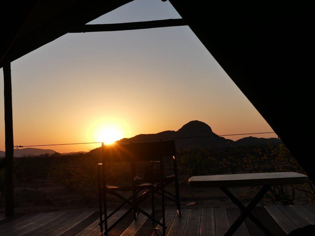 Panista_Blog_Reise_Namibia_sunrise