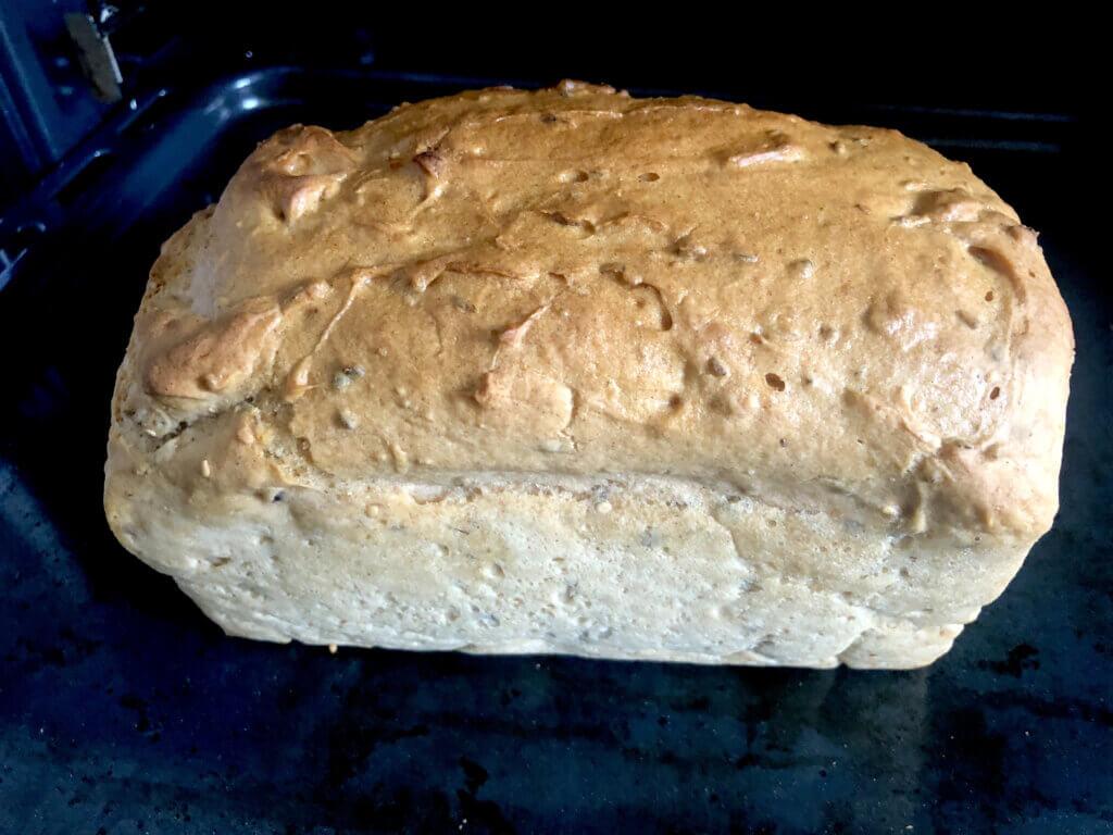 Panista_Blog_Rezepte_Glutenfreies dunkles Brot