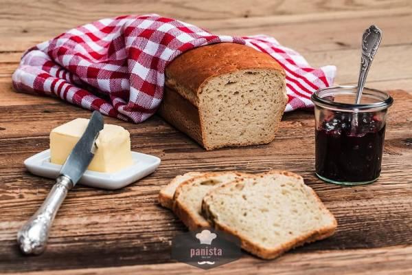 glutenfreies Frühstücksbrot-Seitenansicht