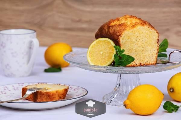glutenfreier Zitronenkuchen - Seitenansicht