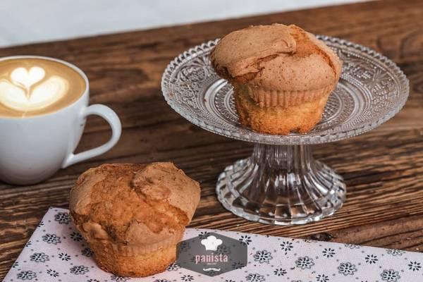 glutenfreie helle Muffins-Seitenansicht